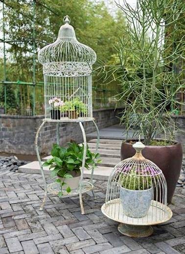 """Warm Design """"Kafes"""" Şeklinde Standlı Çiçeklik Beyaz"""